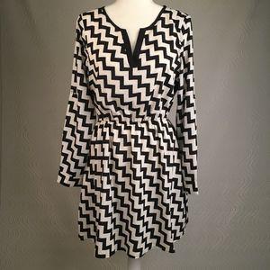 Black & White, Hi-Low Chevron Dress, Medium